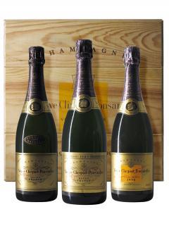 Champagne Veuve Clicquot Ponsardin Trilogie Brut 1988, 1989, 1990 Original wooden case of 3 bottles (3x75cl)