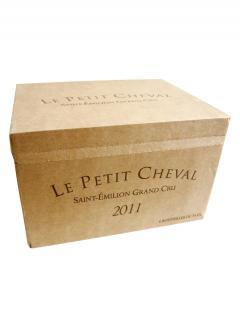 Le Petit Cheval 2011 Original wooden case of 6 bottles (6x75cl)