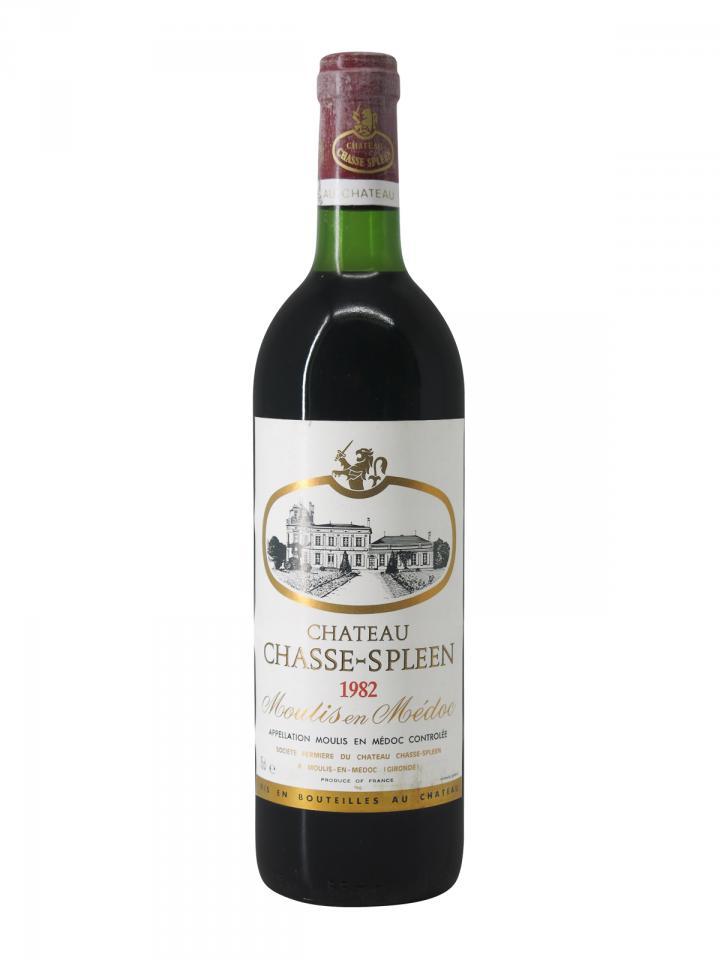 Château Chasse-Spleen 1982 Original wooden case of 12 bottles (12x75cl)