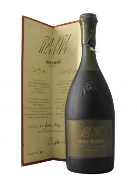 Cognac Grande Fine Champagne 1724 - 1974 250ème Anniversaire, 25 février 1974 Premier Cru Remy Martin Non vintage Coffret d'une bouteille