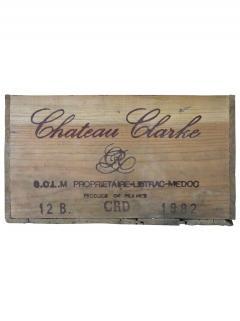 Château Clarke 1982 Original wooden case of 12 bottles (12x75cl)