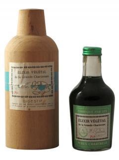 Chartreuse Elixir Végétal de la Grande Chartreuse Pères Chartreux Period 1960's Mignonette (10cl)